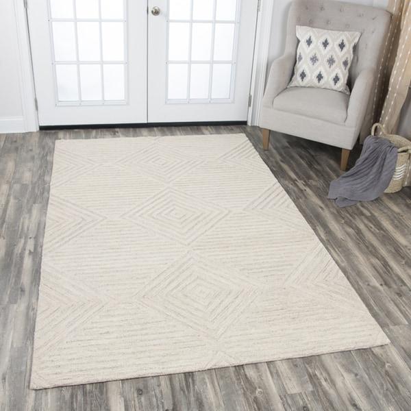 Idyllic Solid Natural Wool Hand-Tufted Area Rug - 9' x 12'