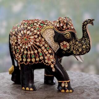 Handcrafted Kadam Wood 'Majestic Elephant II' Statuette (India)
