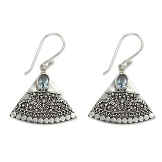 Handcrafted Sterling Silver 'Kintamani' Blue Topaz Earrings (Indonesia)