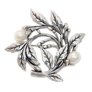 Cultured Freshwater Pearl Brooch Pin, 'Budding Cotton' (Indonesia) https://ak1.ostkcdn.com/images/products/16198561/P22569995.jpg?impolicy=medium