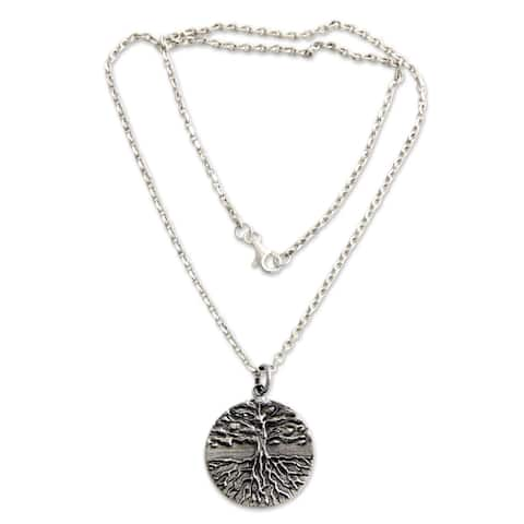 "Handmade Men's Sterling Silver Necklace Tree of Life (Indonesia) - 7'6"" x 9'6"""