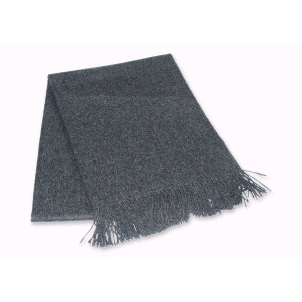 Cozy Dark Grey 100-percent Alpaca Throw (Peru)