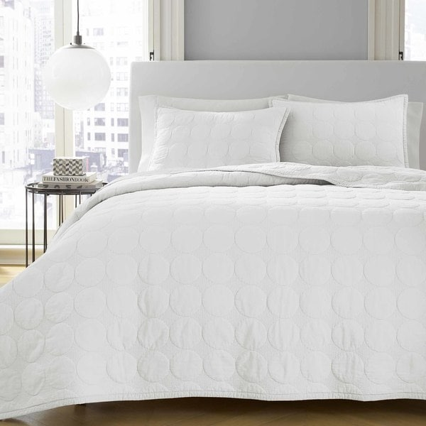 City Scene Devyn White Quilt Set