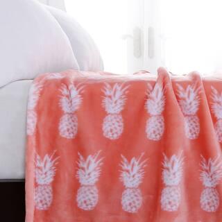 Berkshire Blanket Tropical Pineapple Print Throw|https://ak1.ostkcdn.com/images/products/16201243/P22572697.jpg?impolicy=medium