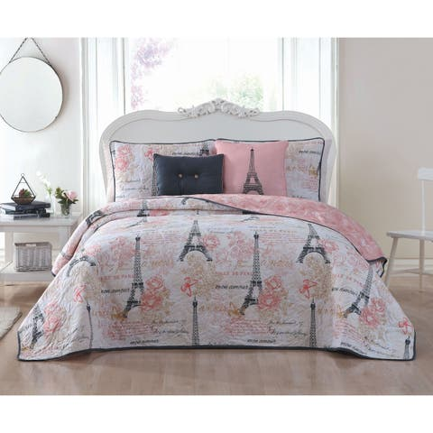 Amour Paris Themed Reversible Quilt Set with Throw Pillows