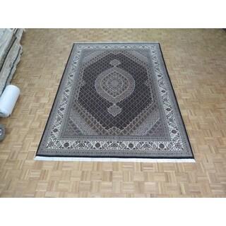 Hand Knotted Black Mahi Tabriz with Wool & Silk Oriental Rug (8'3 x 11'8)