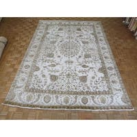 Hand Knotted Beige Tabriz with Wool Oriental Rug (9'5 x 13'4)