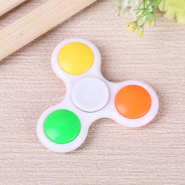 LED Hand Spinner Finger Game Desk Fun Toy Random Color
