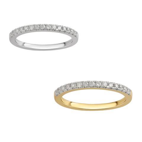 Divina 10K White and Yellow Gold 1/4ct TDW. Diamond Wedding Band. (I-J/I2-I3)