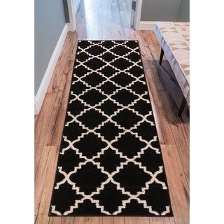 Ellie Modern Bold Trellis Diamond Pattern Black Runner Rug (2'3 x 7'3)