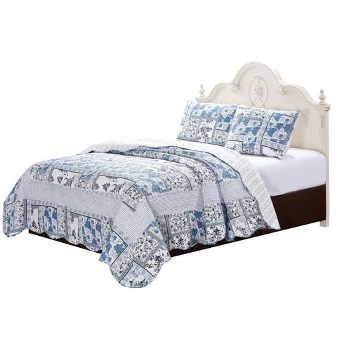 Melissa Blue and White Floral Quilt Set