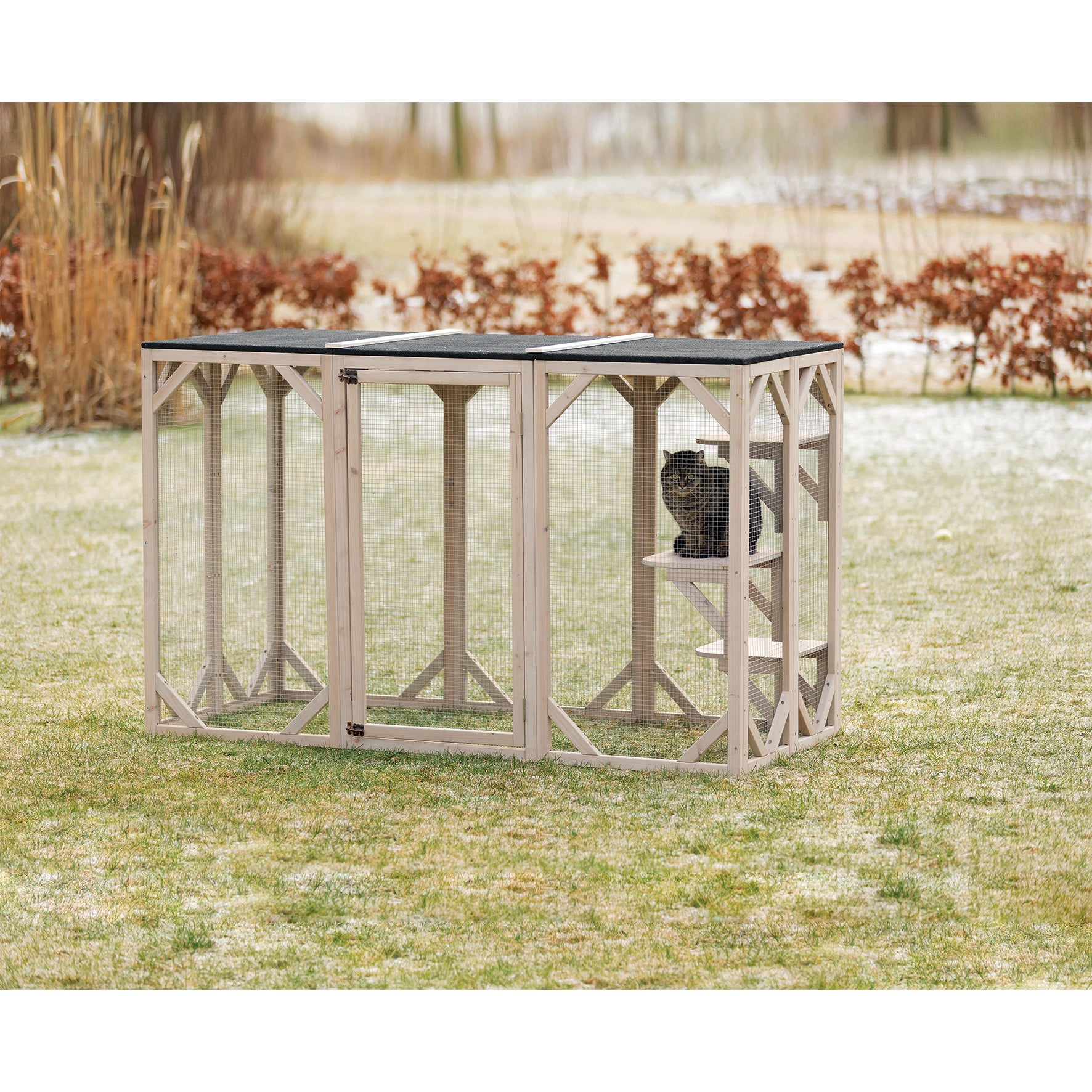 Trixie Outdoor Wooden Cattery Enclosure (Grey/White)