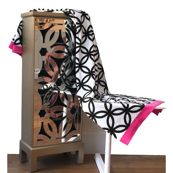 Modisch Collection Tangled Black and White Rose Throw