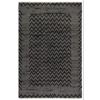 Handmade Allure Black and Cream Recycled Cotton Reclaimed Flat Weave Floor Mat (India) - 4' x 6'