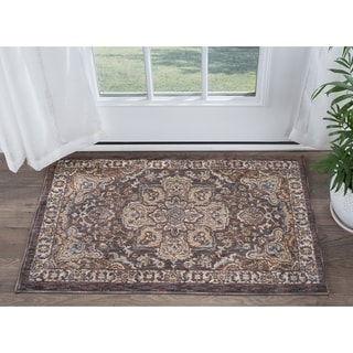 Fairfax Traditional Multi Scatter Rug (2' x 3')
