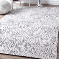 nuLOOM Contemporary Abstract Sea Breeze Swirls Ivory Rug (7'6 x 9'6)