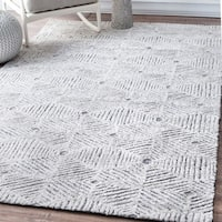 nuLOOM Contemporary Geometric Abstract Cobweb Trellis Ivory Rug (7'6 x 9'6)