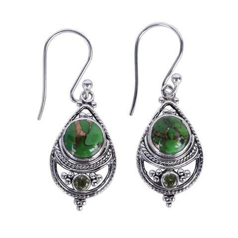 Handmade Sterling Silver 'Green Elegance' Peridot Turquoise Earrings (India)