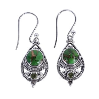 Handcrafted Sterling Silver 'Green Elegance' Peridot Turquoise Earrings (India)
