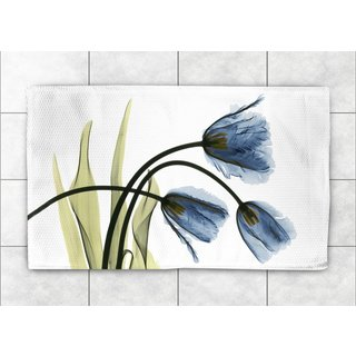 Laural Home Woven Blooming Tulip Trio Blue Accent Rug (2'X3')
