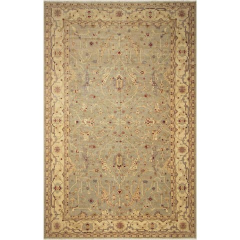 Hand-Knotted Kafkaz Peshawar Stevie Lt. Green/Ivory Wool Rug (12'8 x 18'5) - 12 ft. 8 in. x 18 ft. 5 in.