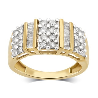 Divina 10K Yellow Gold 1.0ct TDW Round and Baguette Diamond Anniversary Ring. (H-I/I2-I3)
