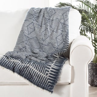 Corinth Geometric Blue/ White Throw