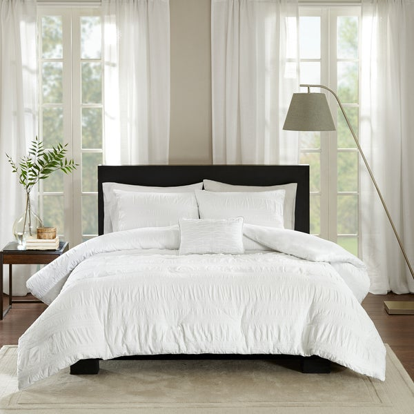 8c0d0758b7 Shop Madison Park Kate White Cotton Seersucker Duvet Cover Set ...