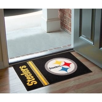 "NFL - Pittsburgh Steelers Uniform Starter Rug 19""x30"""