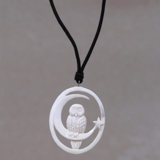 Handcrafted Bone Leather 'Magic Night' Necklace (Indonesia)