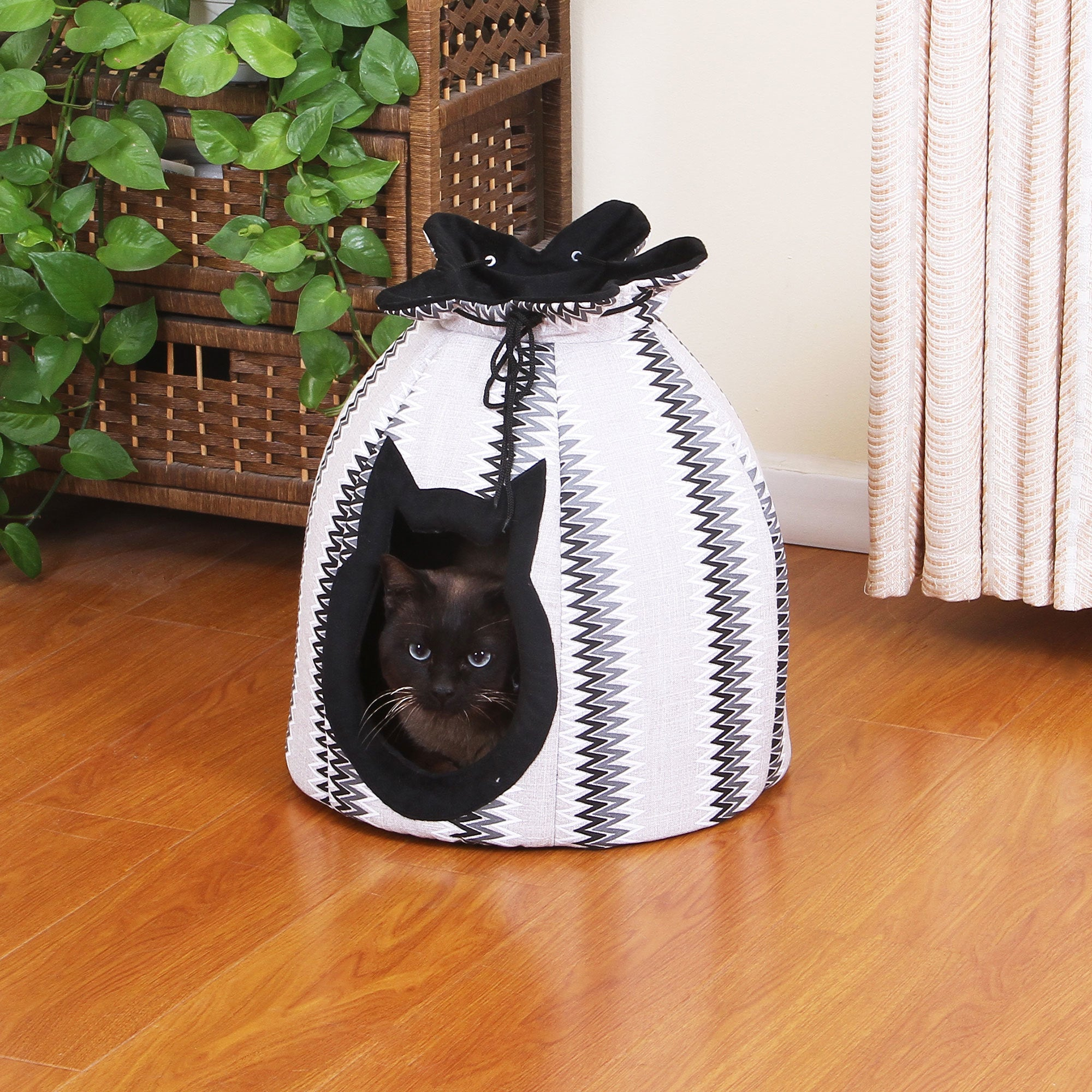 PetPals Canopy Cat Bed (PP05523036-2), Black, Size Extra ...