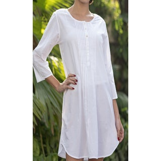 Handmade Classic White Mary Nightgown (India)