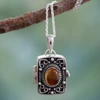 Handcrafted Sterling Silver 'Secret Prayer' Citrine Locket Necklace (India)