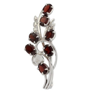 Handcrafted Sterling Silver 'Floral Passion' Garnet Brooch Pin (India)