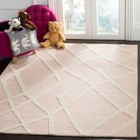 Safavieh Kids Transitional Geometric Hand-Tufted Wool Pink/ Ivory Area Rug - 4' x 6'