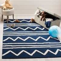 Safavieh Kids Transitional Geometric Hand-Tufted Wool Navy/ Ivory Area Rug - 4' x 6'