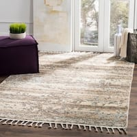Safavieh Kenya Transitional Geometric Hand-Knotted Wool Beige/ Silver Area Rug - 6' x 9'