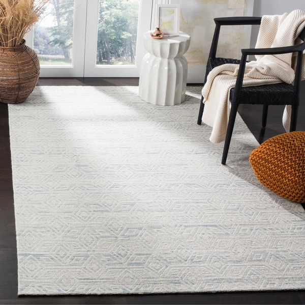 Safavieh Marbella Contemporary Hand-Woven Polyester Light Blue/ Ivory Area Rug - 8' x 10'