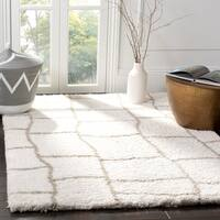 Safavieh Toronto Shag Geometric Hand-Tufted Polyester Ivory/ Silver Area Rug - 8' x 10'