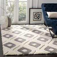 Safavieh Olympia Shag Geometric Polyester Cream/ Grey Area Rug - 6'7 Square