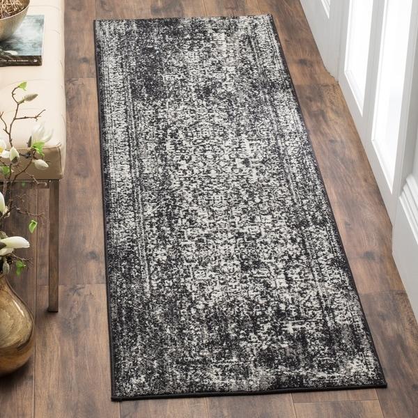 Safavieh Evoke Vintage Oriental Black/ Grey Runner Rug - 2'2 x 13'