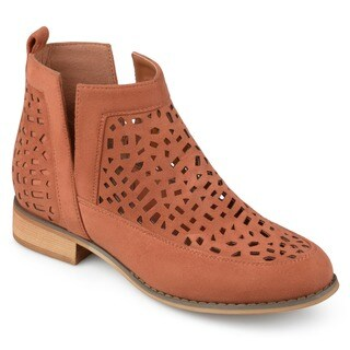 Journee Collection Women's 'Harrow' Side Split Geometric Laser Cut Booties
