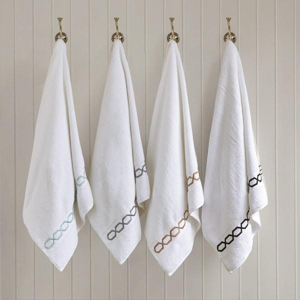 Madison Park Signature Copula Solid 6-piece 700GSM Embroidered Cotton Towel Set