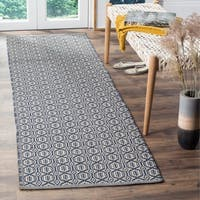 "Safavieh Montauk Transitional Geometric Hand-Woven Cotton Ivory/ Navy Runner Rug - 2'3"" x 6'"