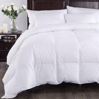 Lightweight Hypoallergenic Down Alternative Comforter (2 options available)