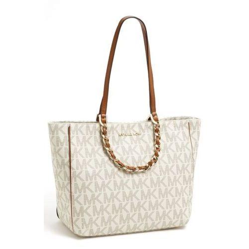1a21965a52d4 Shop Michael Kors Harper Vanilla Signature Tote Bag - Free Shipping ...