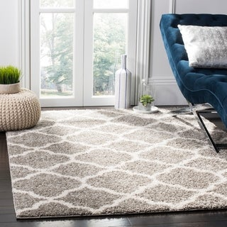 Safavieh New York Shag Contemporary Geometric Grey/ Ivory Area Rug (9' x 12')