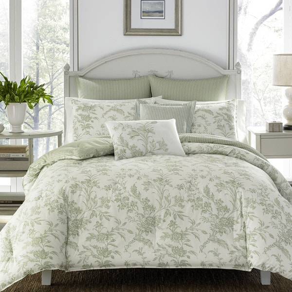 Shop Laura Ashley Natalie King Size Comforter Set In Green As Is