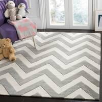 Safavieh Kids Transitional Geometric Hand-Tufted Wool Grey/ Ivory Area Rug - 8' x 10'