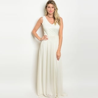 Shop The Trends Women's Sleeveless Chiffon Gown With Lace Top And V-Neckline